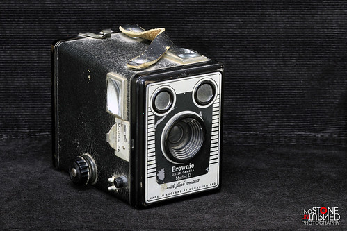Kodak Brownie Six-20 Model D | by No Stone Unturned Photography
