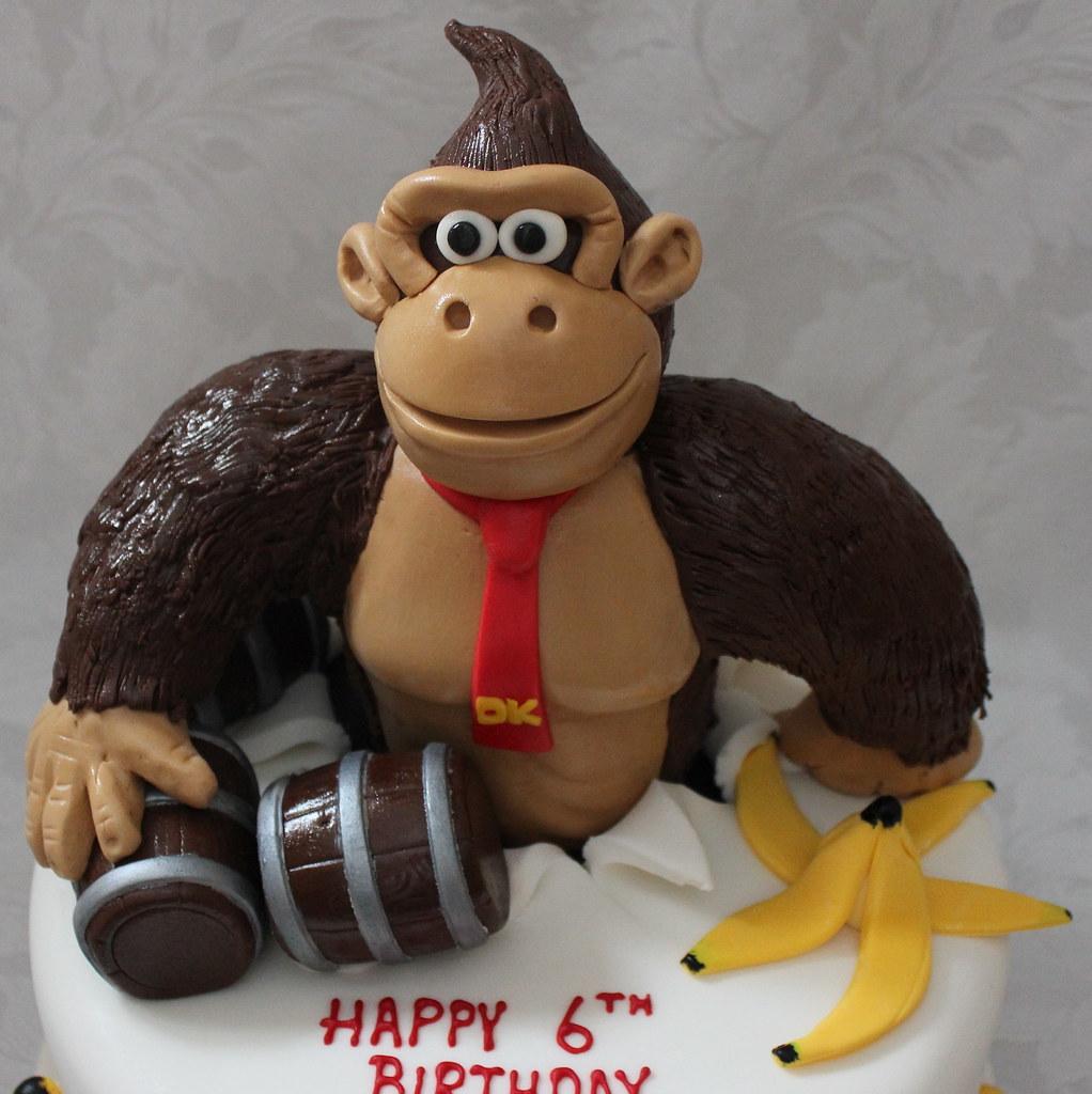 Amazing Donkey Kong Birthday Cake Pauls Creative Cakes Flickr Funny Birthday Cards Online Amentibdeldamsfinfo