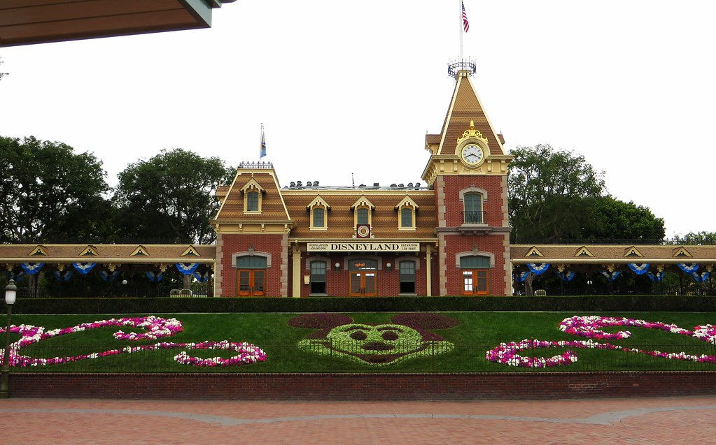Main Street Railroad Depo Disneyland Entrance Anaheim C