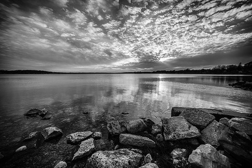 2015 april lake nature park pewaukee pewaukeelake sky sunset water wisconsin reflections village unitedstates us wacco