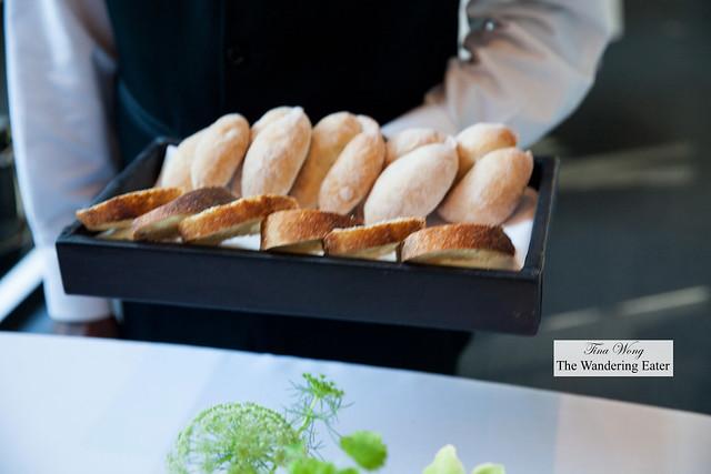 Bread service - Carolina rice roll and boule