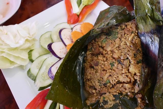 日, 2016-06-12 14:10 - Khmer Kitchen
