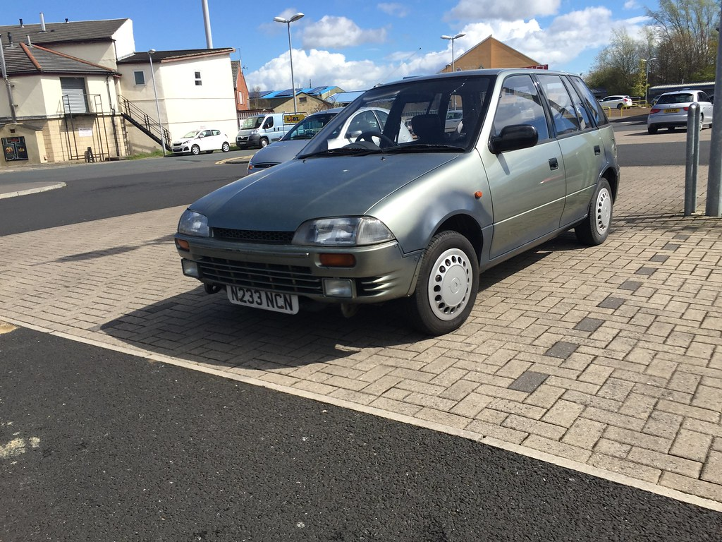 1995 Suzuki Swift 1 3 GX | This Swift appears to be going th