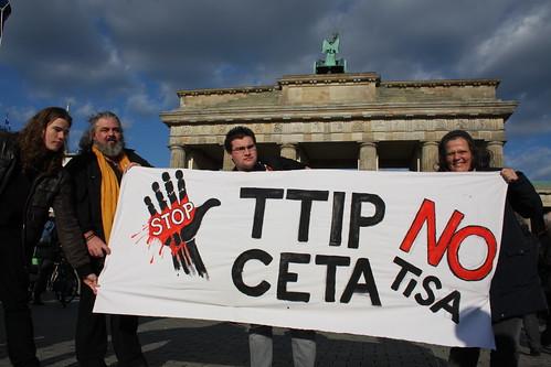 Globaler Aktionstag gegen TTIP, CETA & TiSA | by Mehr Demokratie e.V.