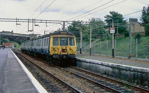 25kV AC EMU set 311 095 at Motherwell. 1988. | by Marra Man