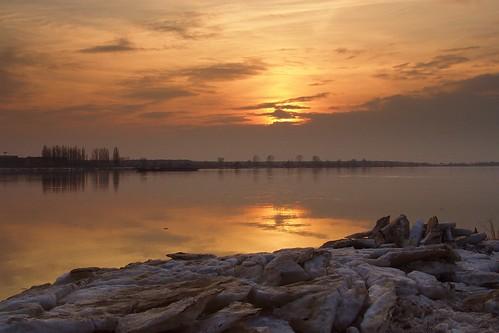 sunset nature water river landscape colours view poland polska calm wisła icefloe płock