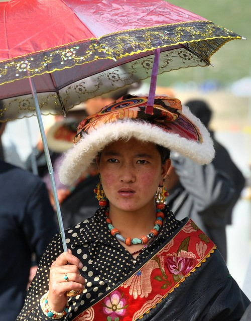 Nomad women wearing the Traditional Flat Hat, Tibet 2014