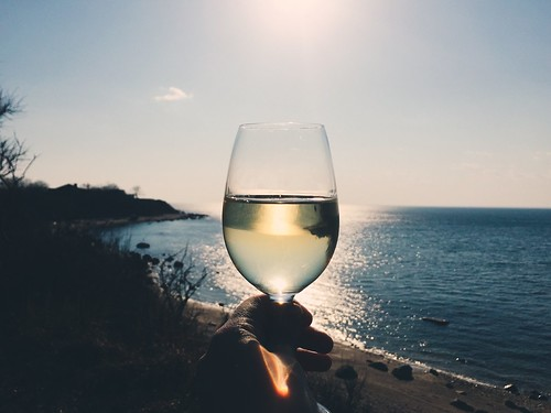 ocean blue sunset cliff water glass spring focus wine perspective goldenhour iphone greenportny vscocam