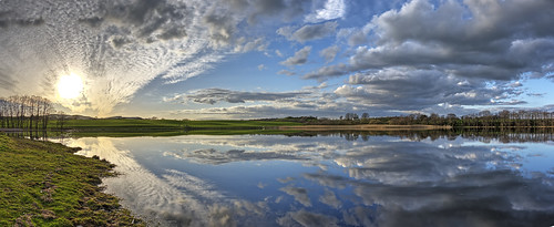 sunset water clouds reflections landscape scotland scenery stunning loch hdr dumfriesgalloway lochmaben millloch