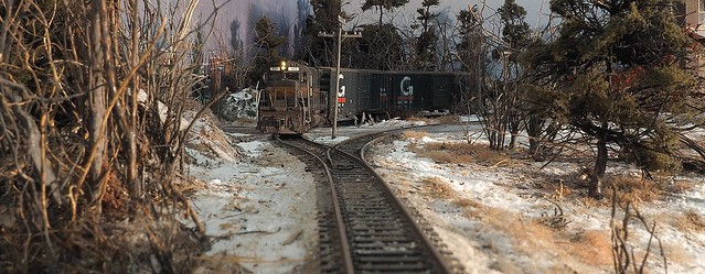Guilford C424 and boxcars