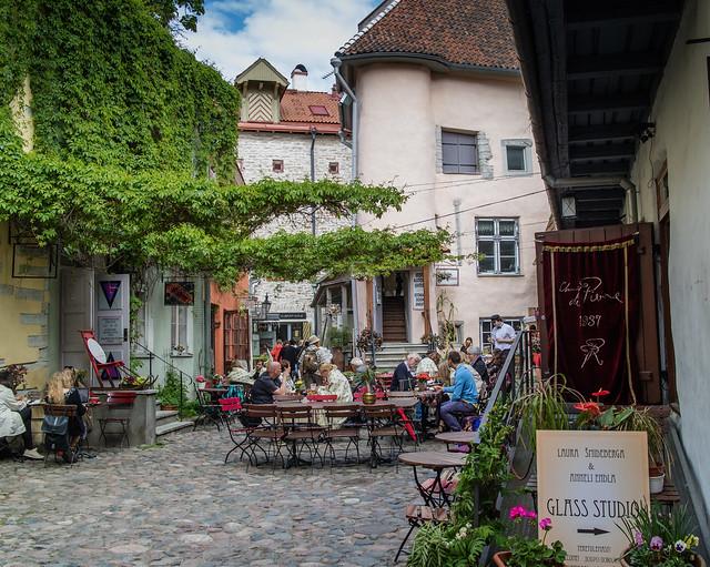 Masters Courtyard / Meistrite Hoov