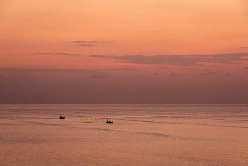 red orange silhouette sunrise boats 2015 panamatrip panamabay privpublic