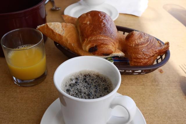 月, 2015-05-11 08:02 - Sunset Café