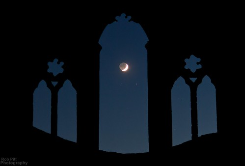 light moon abbey wales night painting stars photography nocturnal darkness britain north pass valle rob flashlight horseshoe pitt t6 the cree crucis