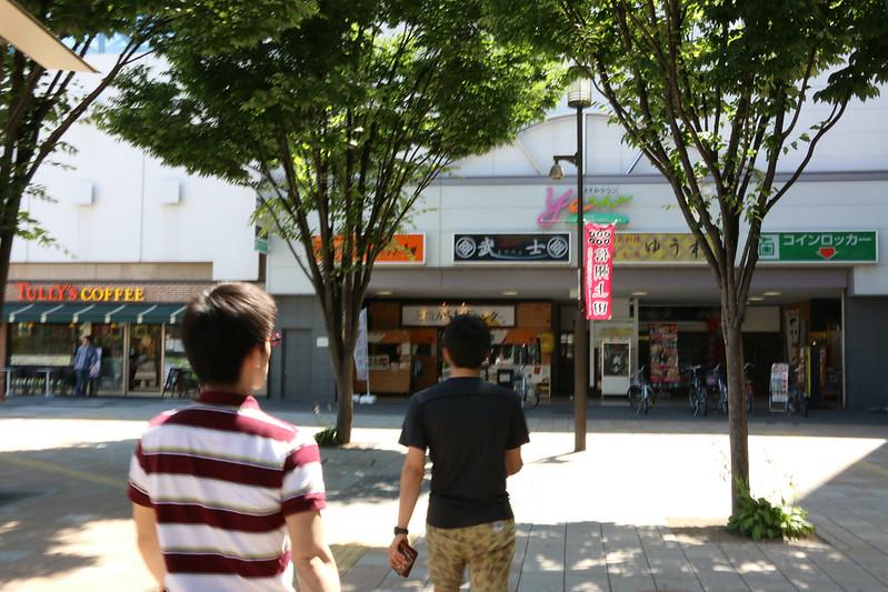 長野の上田駅前