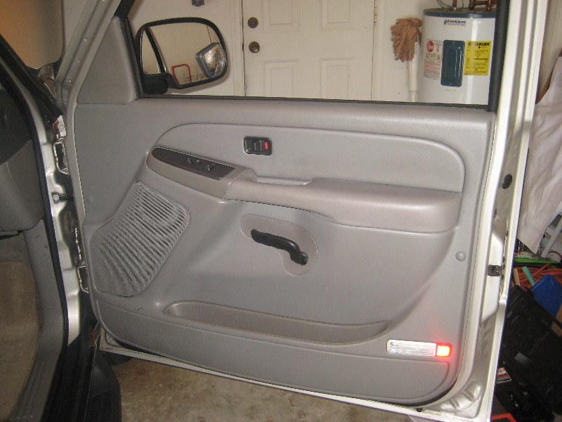 2006 Gm Chevrolet Tahoe Suv Remove Plastic Interior Door