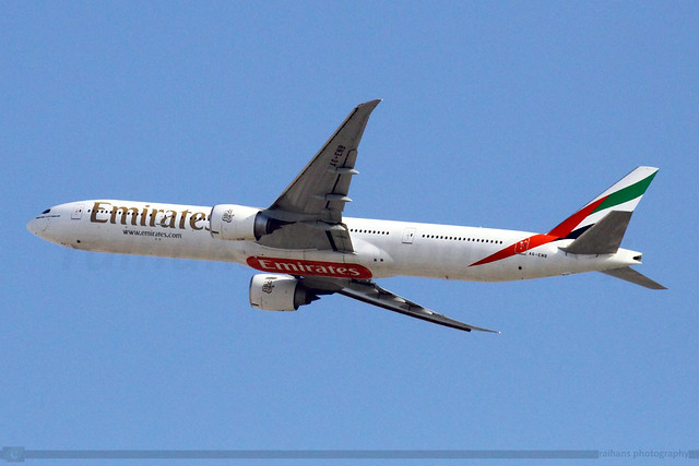 Emirates - Boeing 777-31HER - A6-ENB