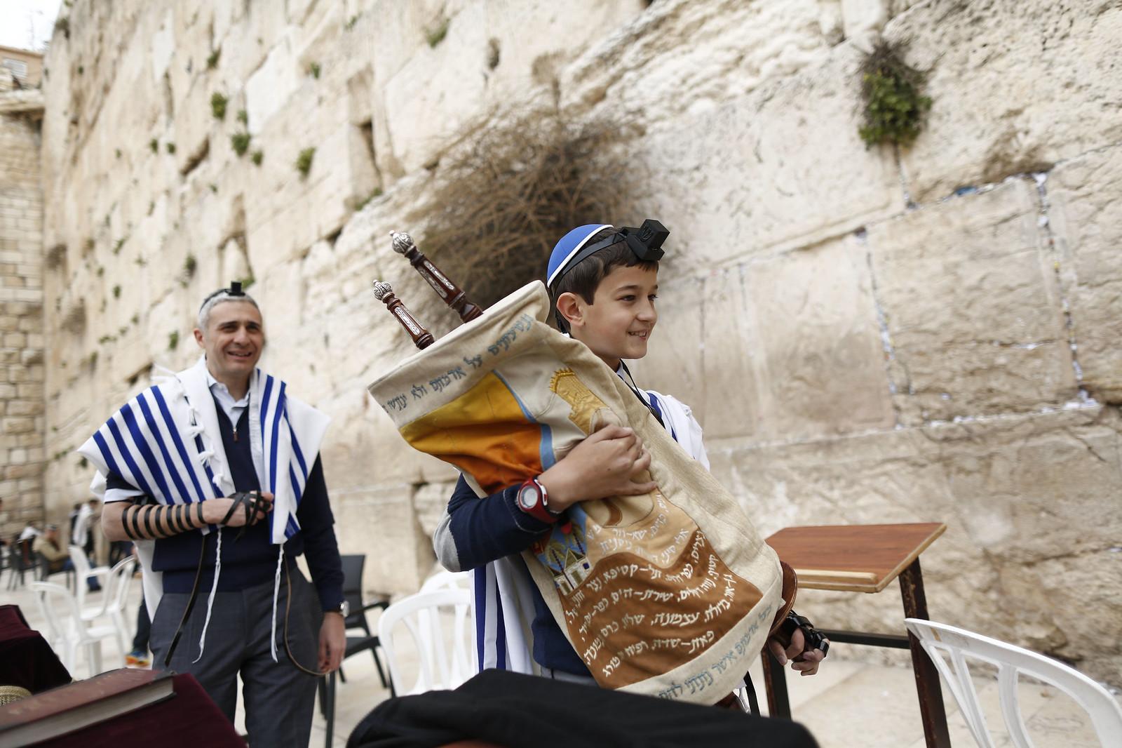 Bar Mitzvah_22_Jerusalem_Y9A9779_Yonatan Sindel_Flash 90_IMOT