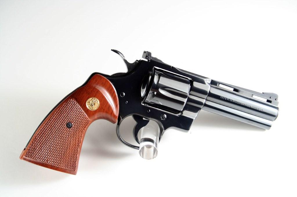 Colt Python(4) | Colt Python 4 inch Barrel | Stephen Z | Flickr