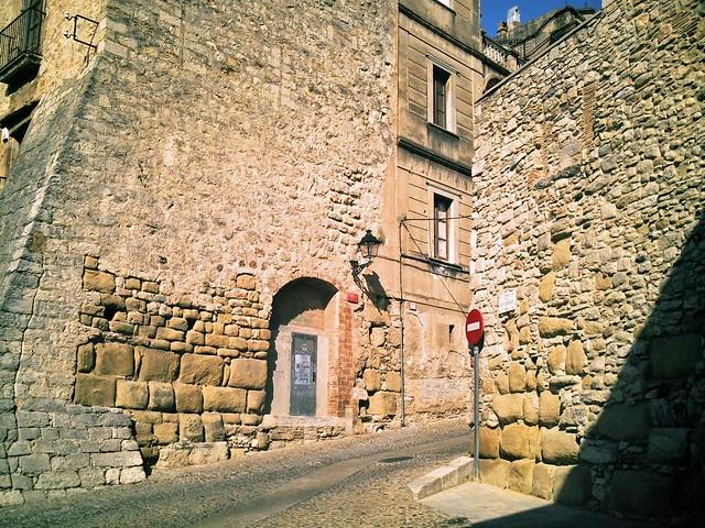 Muralla Romana De Gerunda Girona Restos De La Puerta Ruf Flickr