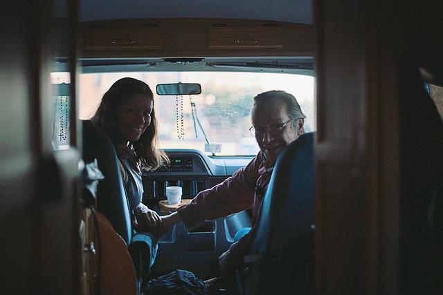 Roxane e Olavo no motorhome - Foto: Matheus Bazzo