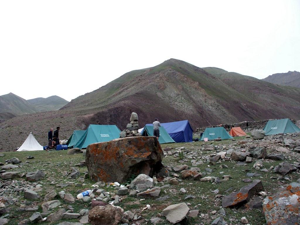 Nine kilometres in six hour trek himilayas summit