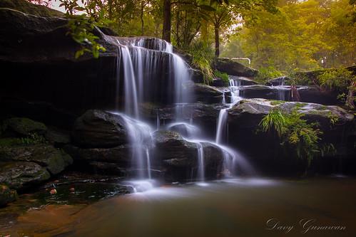 fall water rain creek waterfall sydney carlingford hunts huntscreek northrocks