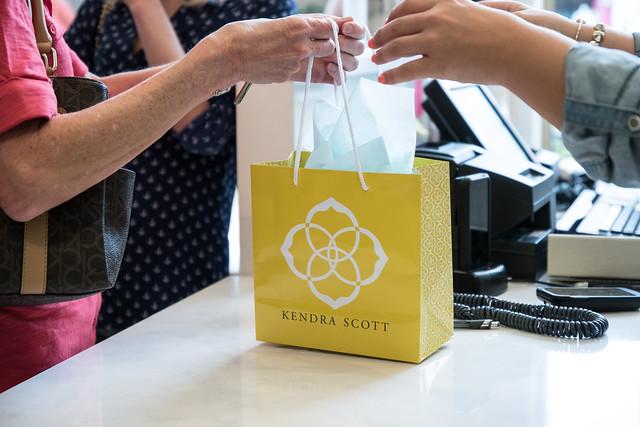 Shopping Bag at Kendra Scott