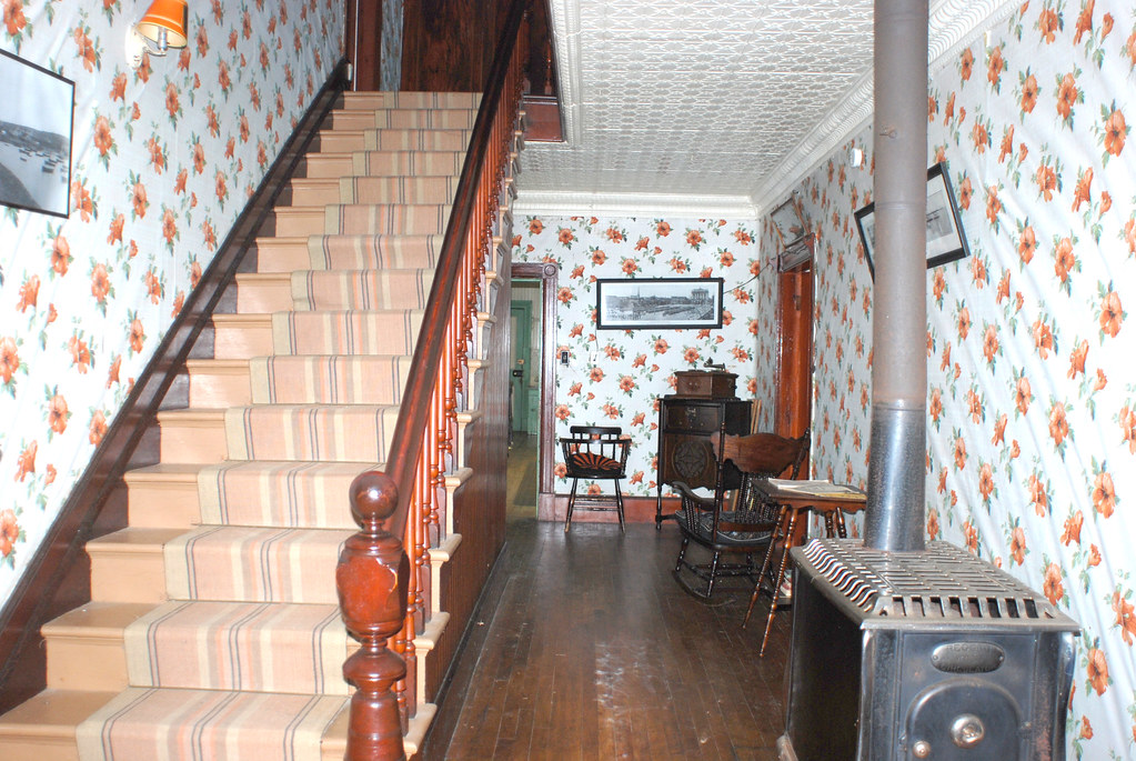 Maison LeGros / LeGros House. Barachois | Hall d\'entrée et e ...