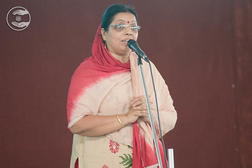 Devotional song by Madhu from Parmanand Colony, Delhi