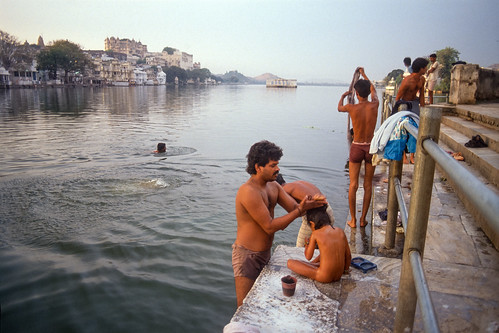 morning film analog sunrise bath scan udaipur ghat