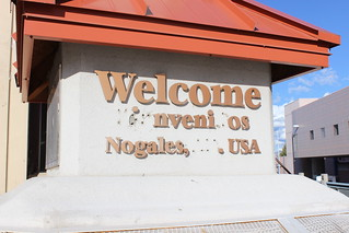 Welcome @ Nogales, Mexico | by polytikus