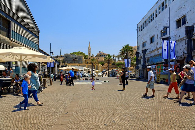 Jaffa harbour / On the docks