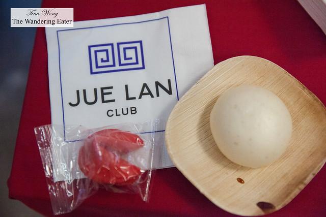 Sloppy braised oxtail baos by Jue Lan Club
