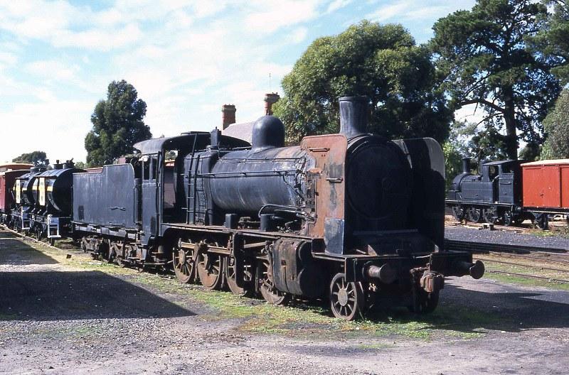 S889. K157 stored at Maldon 23-4-2000 by David Arnold
