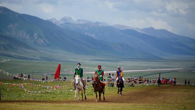 Jyekundo Horse Race, Tibet 2014