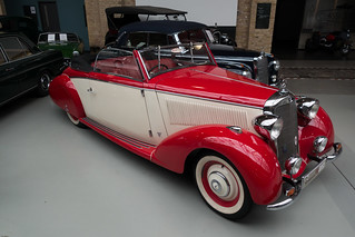 Beautiful classic 1939 Graber-Mercedes town car