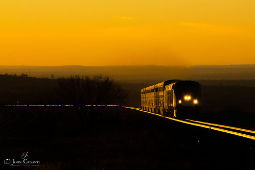 railroad train sunrise railway trains amtrak passenger railfan railroads moffat skitrain railfanning passengercars moffatroute gep42dc amtk42 amtrakveteransunit