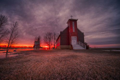 canada church sunrise easter photography dawn nikon saskatchewan monring ianmcgregor ianmcgregorphotographycom