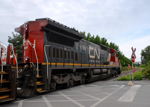 Rear of CN 2032