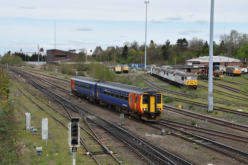 156 497 East Midland Trains Leicester 17.04.15 | by Paul David Smith - Epping