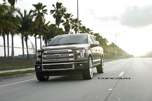 "Ford F150 Platinum on Chrome 26"" CW-6 