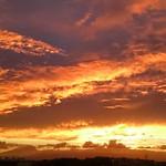 今日の空、凄かった・・・。 .. #空 #夕空 #夕焼け  #夕陽 #夕日 #夕景 #風景  #写真好きな人と繋がりたい  #そら #そらふぉと #そら部 #ゆうやけこやけ部  #evening #sky #skyline #sun #sunset #skyview #skylovers  #japan #landscape #instagram #instagramjapan #japan_of_insta  #instagood #instalike #view #scenary #amazingv
