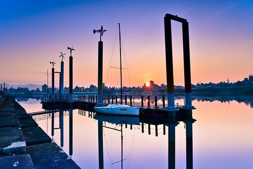 marina sunrise boat taiwan wharf 台灣 晨曦 日出 sanchung 三重區 newtaipei 新北市 忠孝碼頭 zhongxiaodock