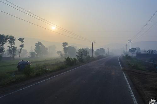 road morning sun india fog sunrise way foggy rainy wires pune 2015