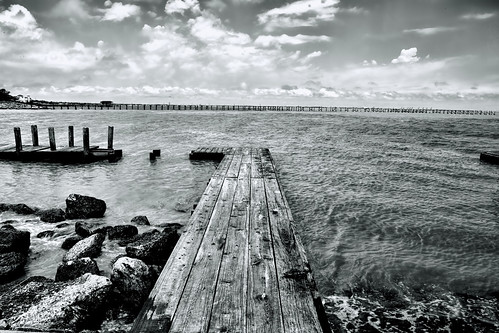 trip travel blackandwhite bw gulfofmexico water monochrome canon landscape eos bay pier dock marine texas ef2470mmf28lusm seabrook kemah 6d topazclarity