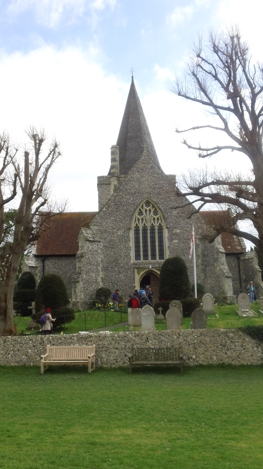 St. Andrews, Alfriston