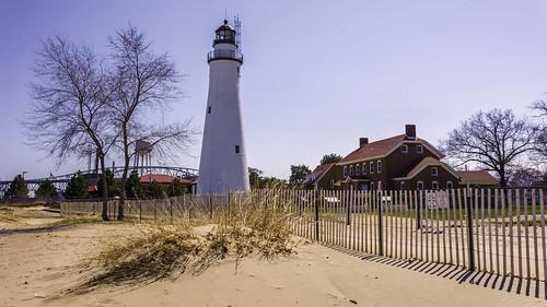 lighthouse landscape see fort michigan landschaft huron lakehuron leuchtturm porthuron gratiot fortgratiotlight