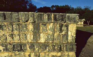 Tzompantli : the Wall of Skulls