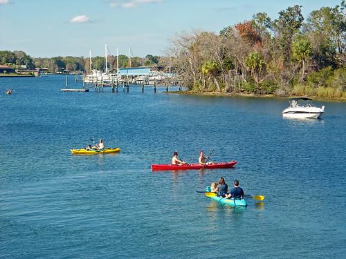 water boats bay scenery florida kayaks crystalriver